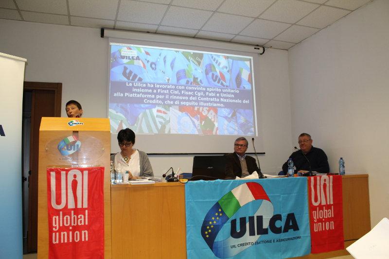 Esponenti di UILCA presentano il rinnovo della piattaforma